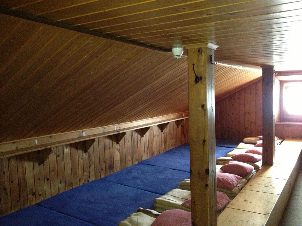 Matratzenlager hütte  Amberger Hütte | DAV – Sektion Amberg